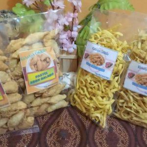 Makanan Ringan khas desa sumber Manjing Wetan MALANG SELATAN